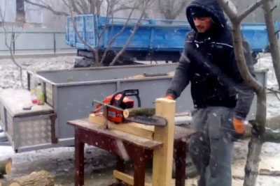 This Man Has The Most Inovative Way How To Make Firewood