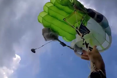 Lucky Skydiver Survives After His Parachute Tangles