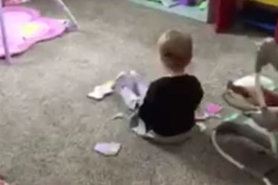 Mom Secretly Captures Toddler Singing 'Jolene', Footage Goes Instantly Viral