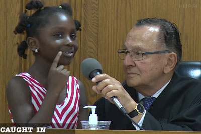 Best Judge Invites Little Girl Behind His Desk To Drop Charges On Her Mom