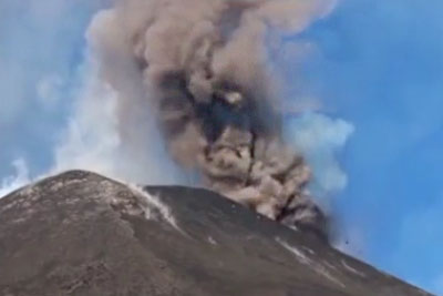 LIVE: Mount Etna Is Erupting And It Looks Spectacular