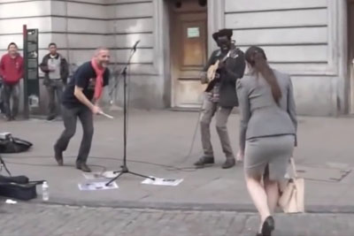 Street Artist Invites Women In To Perform This Happy Song Together
