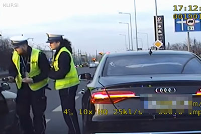 Driver With Choking Baby Stopped Next To Police Patrol Begging For Escort To The Hospital