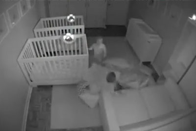 Twins Don't Want To Go To Bed. This Is What Security Camera Captured!