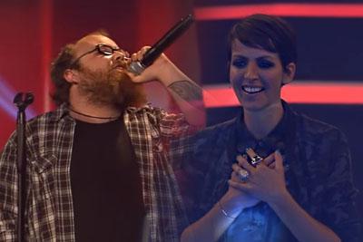 "Andreas Kummert Exceeds Elton John In Performing ""Rocketman"" In The Voice Of Germany"