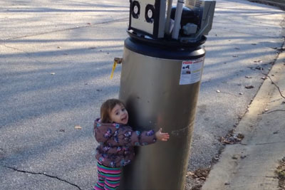 This Little Girl Meeting A 'Robot' Is The Cutest Thing You'll See All Day
