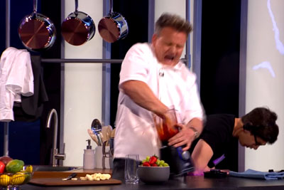 Gordon Ramsay Cuts His Finger In A Blender On Live Show