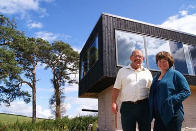 VIDEO: Couple Lived For 9 Years In A Caravan To Save Money For Their Dream House