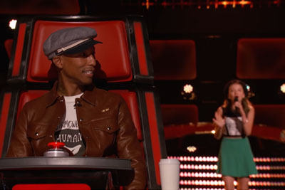 "15-Year-Old Auditions For The Voice, Brings Judges To Their Feet With Her Rendition Of ""Fever"""