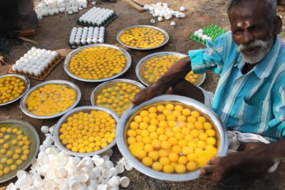 Indian Family Prepares 1000 Eggs To Give Away Food To Poor People