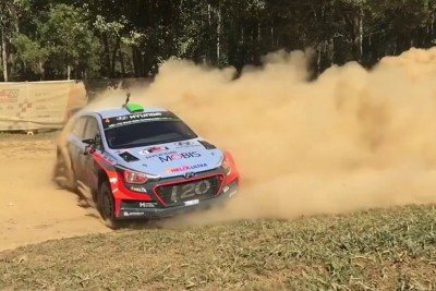 Hayden Paddon Makes An Incredible Hairpin U-Turn On Australia Rally