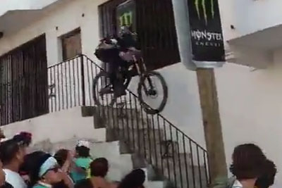 Downhill Mountain Biker Suffers A Serious Injury During Race