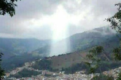 VIDEO: Incredible Image Of Jesus Appears On The Sky In Colombia