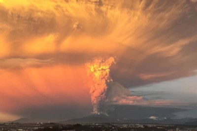 Watch A Time-Lapse Video Of The Calbuco Volcano Erupting In Chile