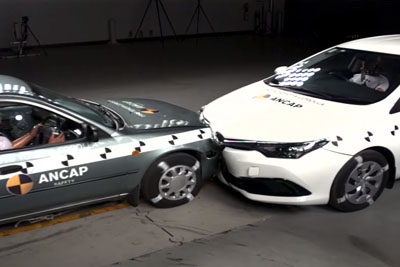 Crashing A 1998 Toyota Into A 2015 Toyota Shows How Far Car Safety Has Advanced