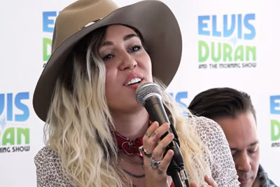 Miley Cyrus Makes Her New Single 'Malibu' Even Folksier With An Acoustic Performance