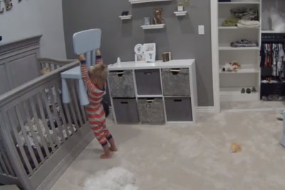 Toddler Caught On Camera Helping His Baby Brother To Get Out Of Crib In Most Adorable Way