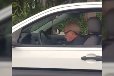 Old Man Goes Crazy While Listening To The Metallica's Song While Driving