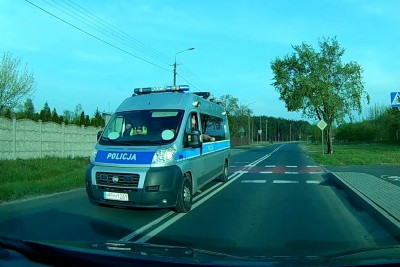 Police Stopped Him For Overtaking Over The Double Line, Then His Dashcam Saved Him