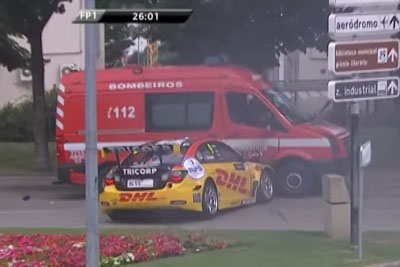Big Crash In WTCC As Rally Car Thumps Into Fire Truck