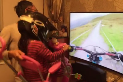 Is This The Greatest Dad On The Whole Planet? This Is How He Entertained His Daughter