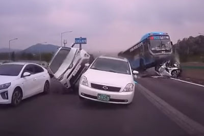 VIDEO: Brutal Pile Up On Highway In South Korea Captured On Dashcam
