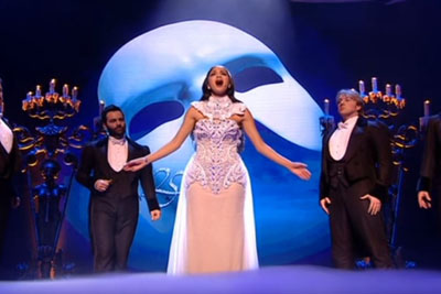 """Pop Singer Leaves Crowd Speechless As She Belts Out """"Phantom Of The Opera"""" Perfectly"""