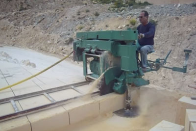 Watching This Machine Cutting Stones In Malta Is So Satisfying