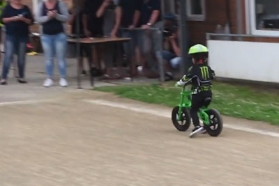Little Kid Almost Wins A Bicycle Race, Then He Does That At The End