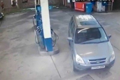 Woman Hilariously Can't Figure Out Which Side Her Gas Tank Is On