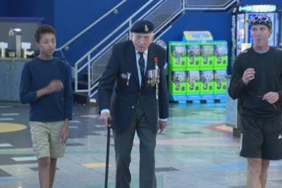 97-Year-Old Dunkirk Veteran Breaks Down In Tears After Watching The Movie