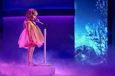 3-Year-Old Little Mermaid Singer Is Everything You Need To Hear Today