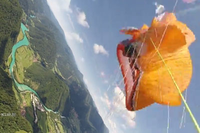 Paraglider Films The Scary Moment His Parachute Fails
