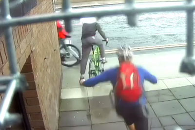 Cyclist Delivers Instant Justice For A Thief Trying To Steal His Bike