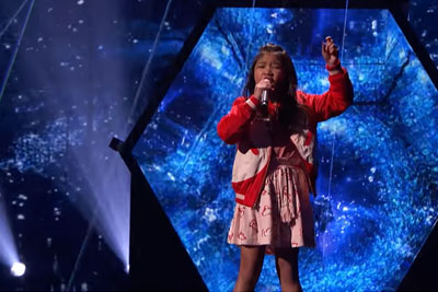 """9-Year-Old Steal The Show With Incredible """"Clarity"""" Cover On America's Got Talent"""