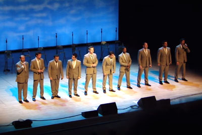 10 Handsome Men Begin Singing Classic. When They Start Dancing, The Crowd Goes Nuts