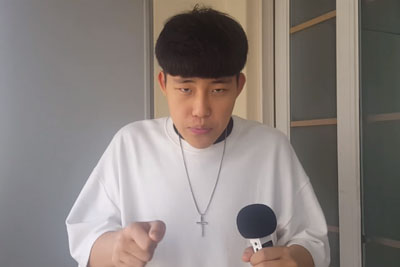 This Beatboxer Is Fascinating. Listen How He Creates Entire Song Using Only His Voice!