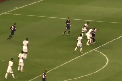VIDEO: Neymar Scores Incredible Solo Goal On The First Match With PSG