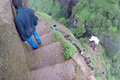 This Trekking Route Is Not One For The Faint Hearted. Would You Dare To Walk Here?