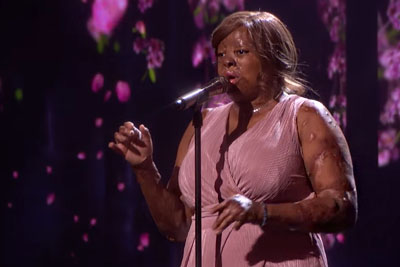 "Singer Kechi Delivers Inspirational Cover Of ""By The Grace Of God"" On America's Got Talent"