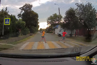 Speeding Driver Almost Runs Over Kid On Pedestrian Crosswalk