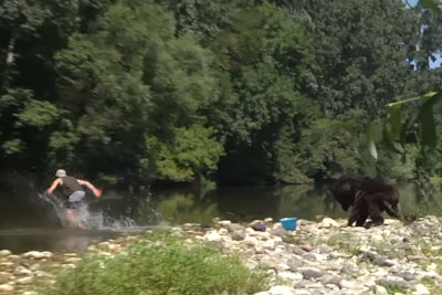 Remi Gaillard Pranks Random People Again Dressed As A Grizzly
