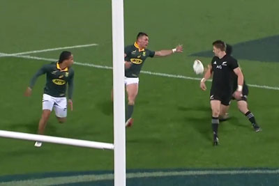 Two Rugby Players Deliver A Magic Move Which Is Leaving Everyone Cheering
