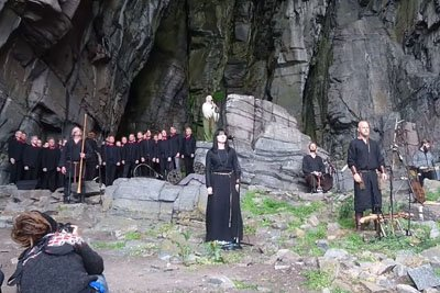 Singers Start To Perform Near Cave In Oslo, Results Are Breathtaking