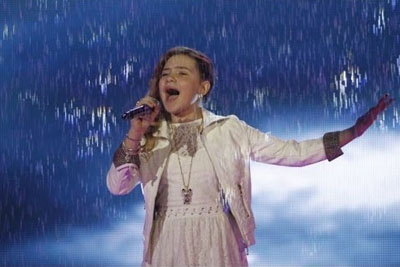 Young Girl Sings One Of World's Hardest Songs. 2 Notes In, Judges Jump To Their Feet