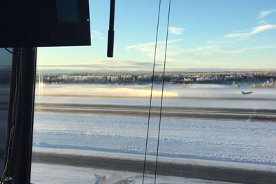 F16s Taking Off In Ice Fog At -40 Degrees Make A Really Nifty Effect