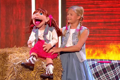 Darci Lynne Sings Cowboy Duet With Puppet, 90 Seconds In They Start Yodeling And The Audience's Jaws Drop