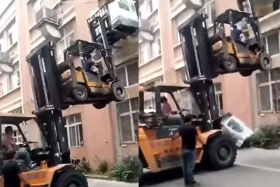 Big Washing Machine Fall Off Two Forklifts