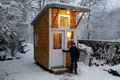 13-Year-Old Builds Tiny House In Parents' Yard. Neighbors Are Stunned When They Look Inside