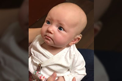"""Deaf Baby Hears Mommy Say """"I Love You"""" For 1st Time, Her Reaction Will Put You In Tears"""